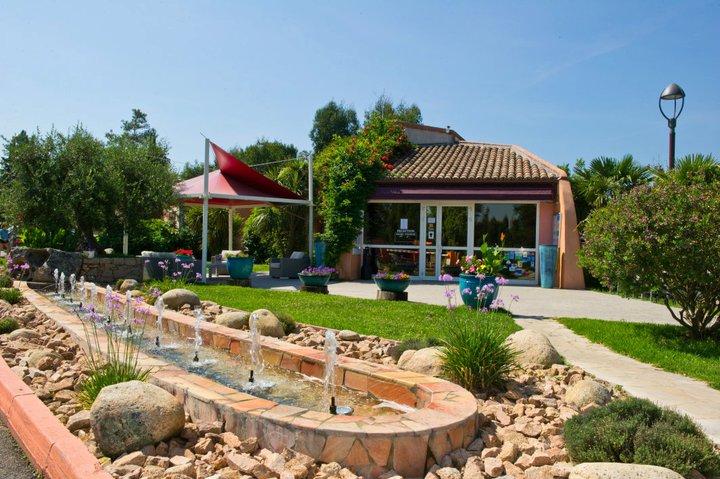 Bienvenue au camping 5 étoiles Arinella Bianca en Corse